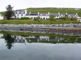 Loch Bay seaside cottages - vacation properties on Skye